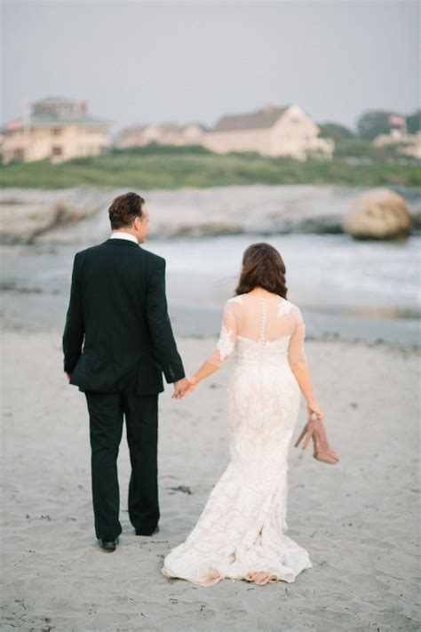 Wedding Dresses Ri by Newport Wedding With Stellar Coral Details Modwedding