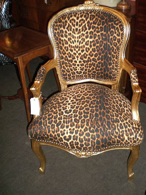 Leopard Print Accent Chair Leopard Print Chairs Gallery Including Zebra Accent Chair Images Lecrafteur