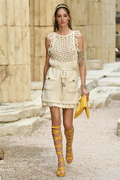 chanel cruise 2018 chanel cruise cruises and coco chanel