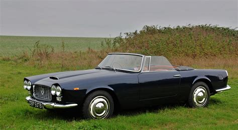lancia flaminia technical details history photos on
