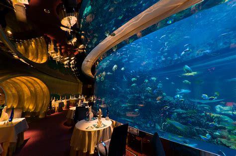 Theme Hotel Dubai | the underwater themed al mahara restaurant in the burj al
