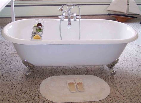 how to bathtub refinishing how to refinish a cast iron bathtub 28 images refinish