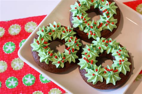 12 days of day 6 gf wreath donuts