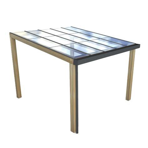 veranda zonnepanelen houten veranda met transparante panelen fraai buiten