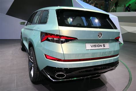 Treadmill Elektric Model Tl 222 C Total this is skoda s vision s of a three row suv rival to hyundai s santa fe carscoops