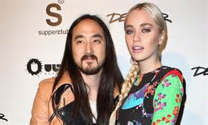 dj steve aoki marries longtime model girlfriend tiernan