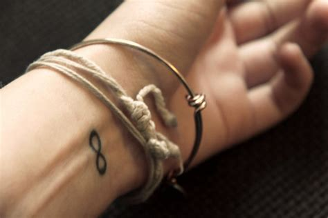 tattoo infinity in hand bracelets hand infinity tattoo tattos image 436095
