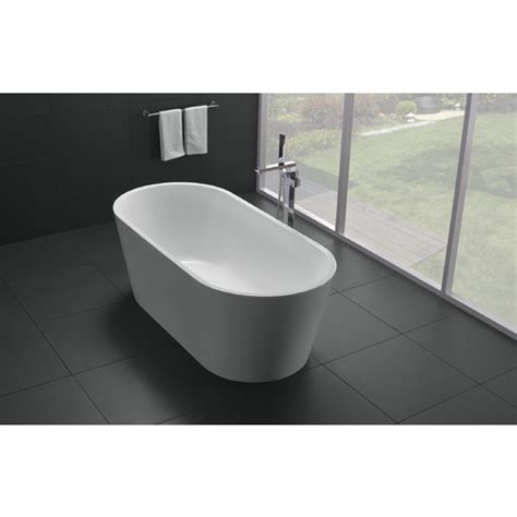 freestanding round bathtub 1700mm round free standing bath bathrooms on a budget