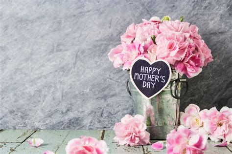 mothers day date 2018 mother s day 2018 when is it and what are the best deals