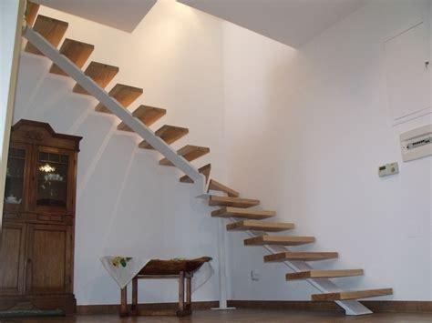 scale in legno per interni scala in legno ed acciaio per interni solai ultra leggeri
