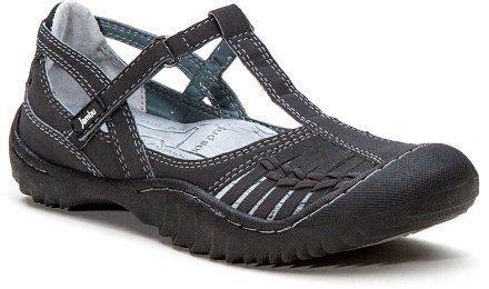 comfortable city walking shoes best 25 walking shoes ideas on pinterest fashionable