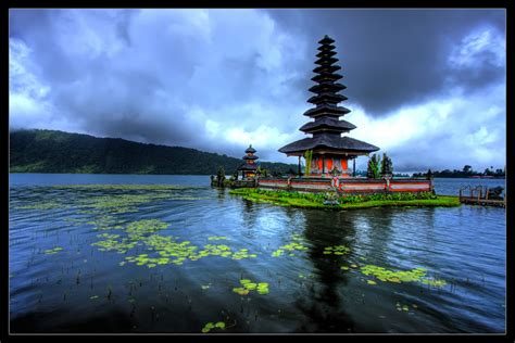 beautiful shiva temple lake bratan bali indonesia i like to waste my time