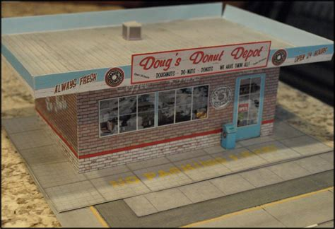 Papercraft City - printable paper crafts diorama of radio city
