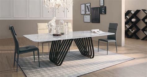 tavoli in marmo prezzi tavolo con il piano in marmo bianco modello arpa della