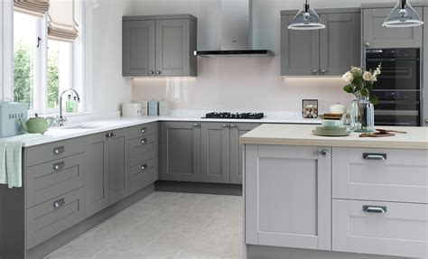Light Grey Shaker Kitchen Kitchen Doors Accessories Uform