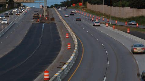 connected roads aim   life easier  autonomous vehicles roadshow