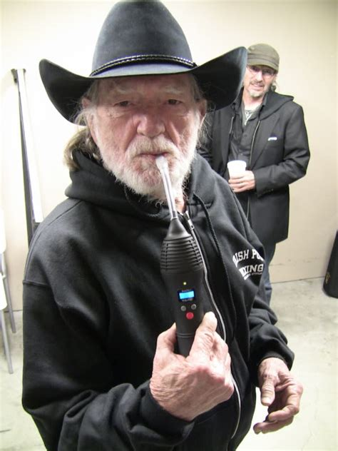 Shotgum Eliquid why willie nelson switched to an herbal vaporizer king