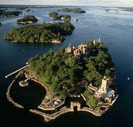 boat tours syracuse ny boldt castle heart island 1000 islands new york usa