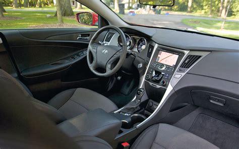 2011 Hyundai Sonata Se Review by 2011 Hyundai Sonata Reviews And Rating Motortrend