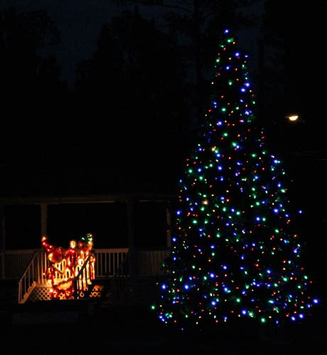 century updates old fashioned christmas light display