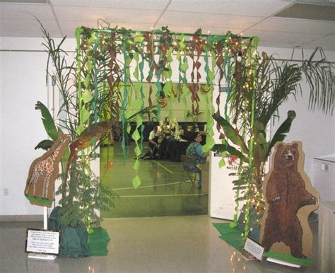 jungle theme decoration ideas safari vbs 2013 vbs jungle jaunt ideas jungle decor