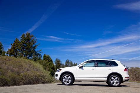 campenell white vw touareg tdi lux side eurocar news