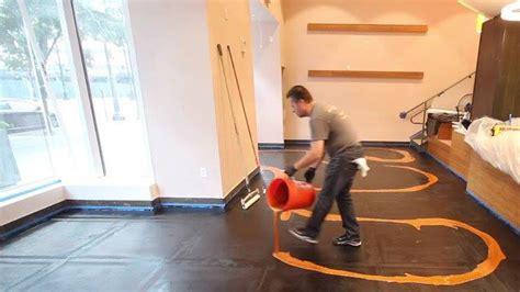 pavimento liquido piastrelle addio basta un liquido sul pavimento e il