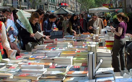 libro barca the making of san jordi day el d 237 a del libro a day for books and roses living language