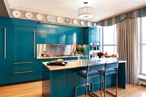 Pantry Ideas For Small Kitchens une cuisine en bleu inspir 233 e par la mer