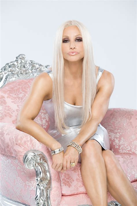 Donatella Versace Out And About In Ny by Whoa Whoa It S Magic Lifetime Transforms Gershon