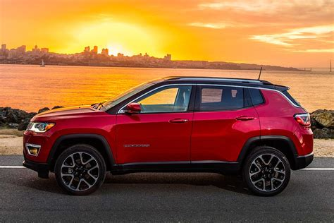 2019 jeep compass review 2019 jeep compass new car review autotrader