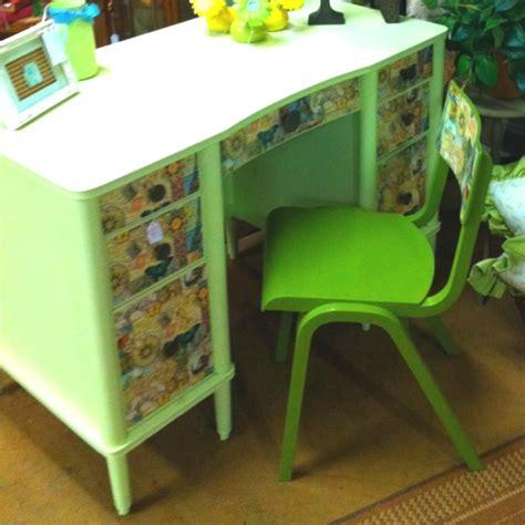 decoupage a desk decoupage desk upcycle furniture etc by me