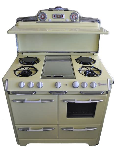 antique kitchen appliances 78 best gas stoves images on pinterest vintage kitchen