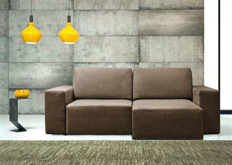 divano due posti con chaise longue errebi divano glide divani con chaise longue tessuto