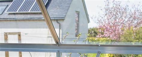 zonnepanelen op tuinhuis zonnepanelen op tuinhuis of bijgebouw plaatsen