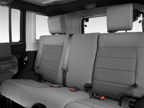 image  jeep wrangler unlimited wd  door rubicon rear seats size    type gif