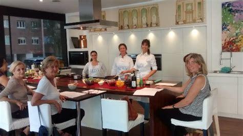 escuela de cocina 8480169133 cinco tenedores abrimos la escuela de cocina telva en barcelona
