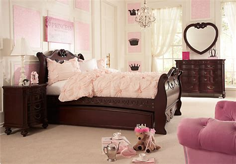 princess bedroom furniture disney princess cherry 6 pc full sleigh bedroom disney