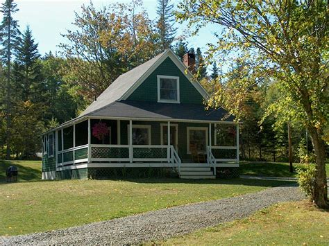 Maine Cottage by Mountain View Cottages On Rangeley Lake