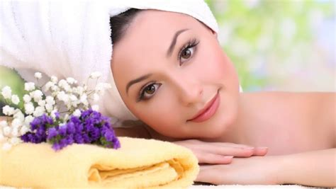 Wajah Yang Aman cara perawatan wajah alami dengan masker yang aman dan