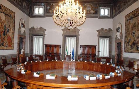 il consiglio dei ministri sicilia voto diretto nelle ex province il consiglio dei