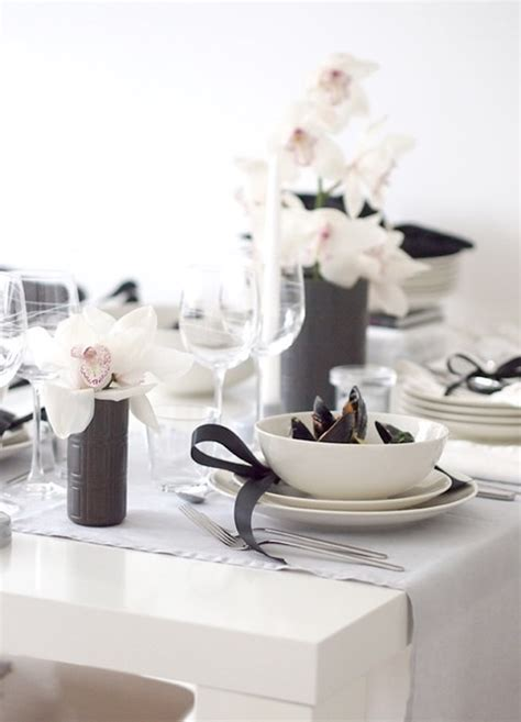 White Table Settings Black And White Table Settings 56 Happywedd