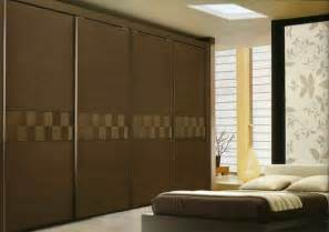 Sliding Wood Closet Doors Sliding Closet Doors For Bedrooms Trendslidingdoors