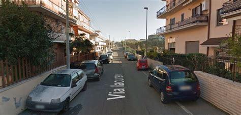 blitz quotidiano mobile roma corpo carbonizzato in auto alla borghesiana