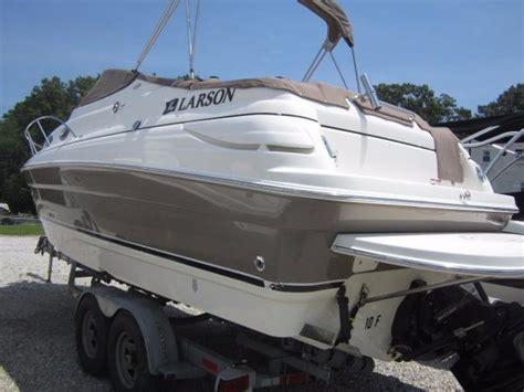 robert larson boats larson cabrio 260 boats for sale boats