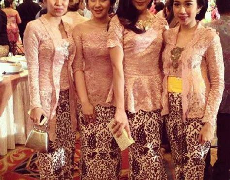 Seragam Batik Pernikahan seragam pernikahan inspirasi kebaya vani