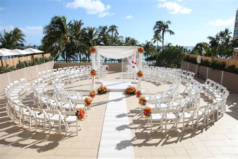 beachfront wedding venues in new 2 top 10 wedding venues in oahu hawaii wedding photographer hicks photography