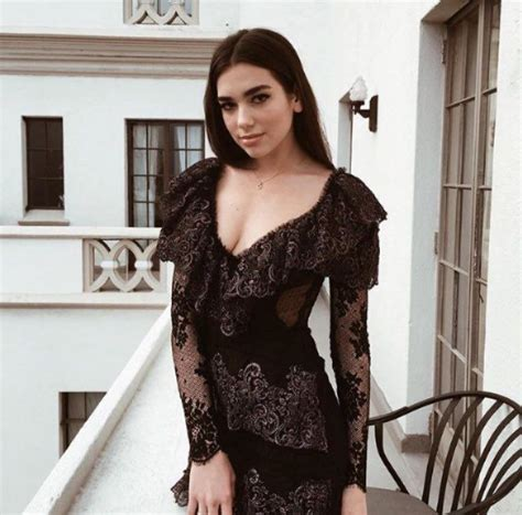 dua lipa fashion celebrity style dua lipa のおすすめ画像 228 件 pinterest セレブ