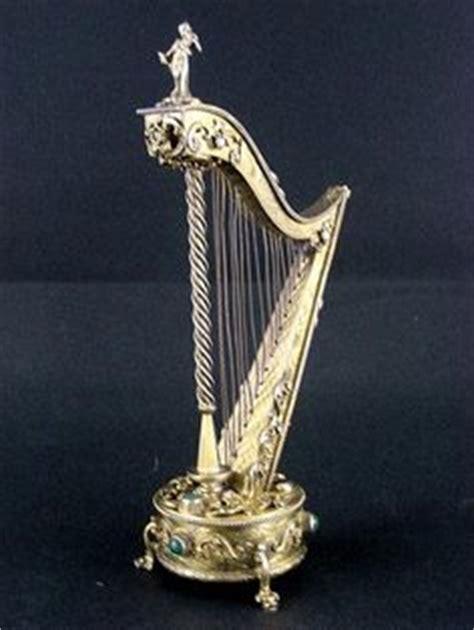 Suplier Box Carousel Silver Giq6 Royal White And Gold Carousel Goose Egg Box
