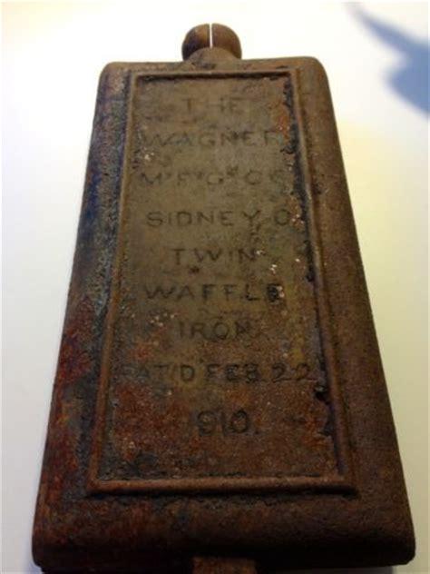 waffle house sidney ohio 1910 vintage cast iron wagner company twin waffle iron sidney ohio vintage for